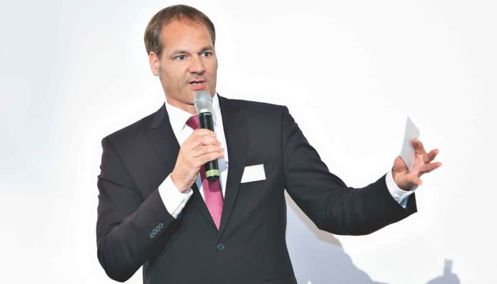 Tim Schlüter, TV- and Event host, founder and CEO of VoxR.org